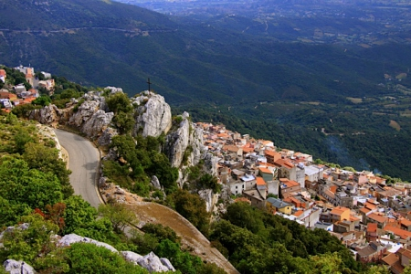 Sardiniens idyllische Bergdörfer warten auf Sie
