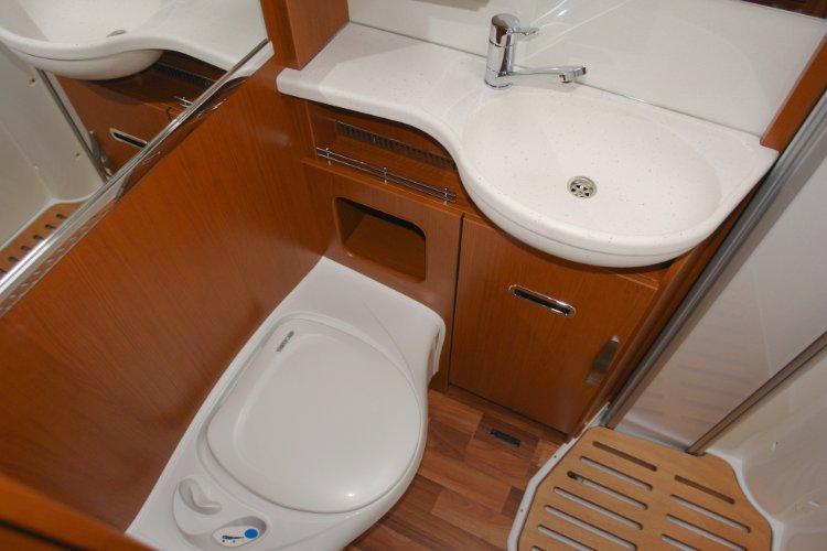 wohnmobil auf sardinien wohnmobilvermietung auf sardinien. Black Bedroom Furniture Sets. Home Design Ideas
